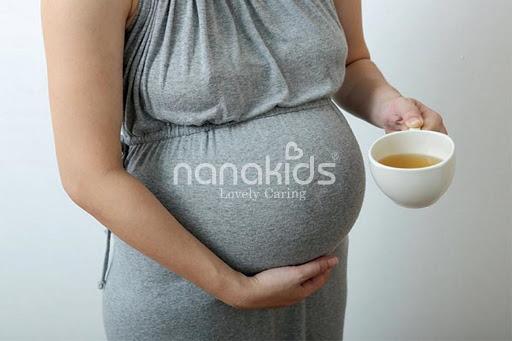 Bà bầu có được uống trà xanh hay không